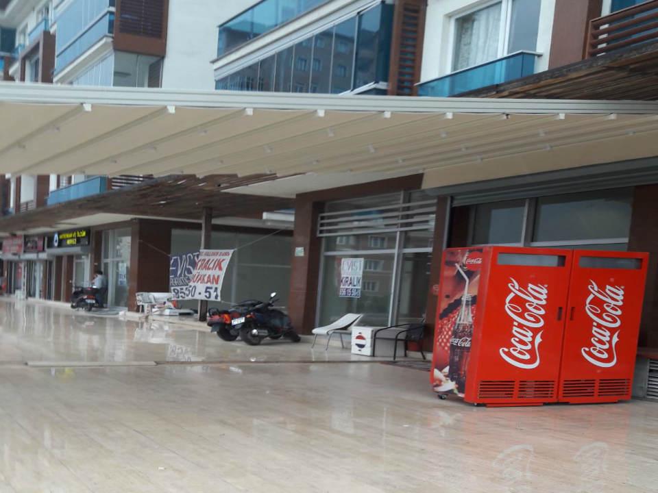 محل تجاري للبيع في بيلك دوزو